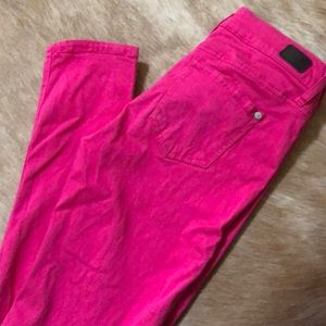 Juniors Celebrity Pink skinny pants